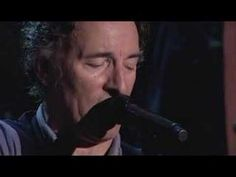 """Man on the flying trapeze"" sung by Bruce Springsteen at a concert in 2006"