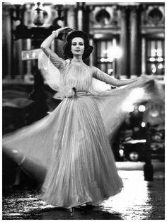Gitta Schilling , Place de l'Opera, Paris, 1962