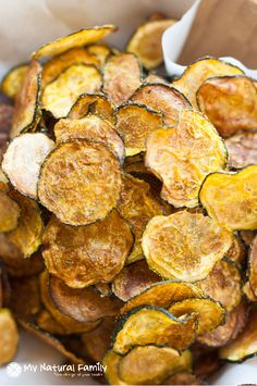 Baked curried zucchini chips