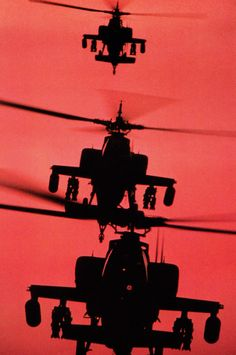 Apaches - helicopters - helicópteros - @soloeningles