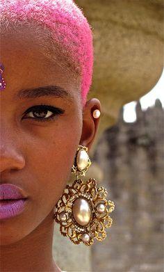 Pink hair & twa