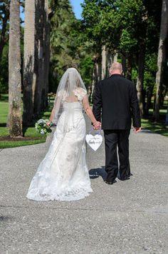 Southern Scraps : DIY Wedding Photo Prop