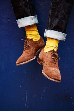 Yellow socks and oxfords.