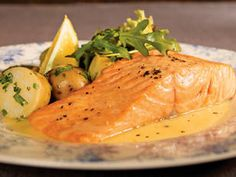 Salmon with lemon butter sauce