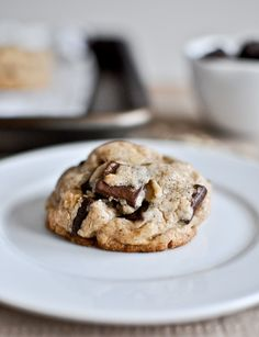 Brown Butter Oatmeal Chocolate Chunk Cookie