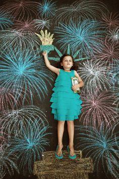 idea, statue of liberty, kid activities, chalk drawings, sidewalk chalk, 4th of july, kids, photographi, chalk art
