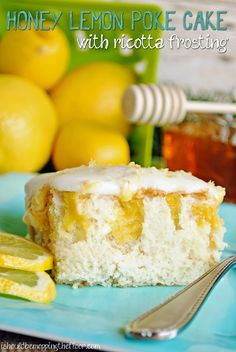 Honey Lemon Poke Cak