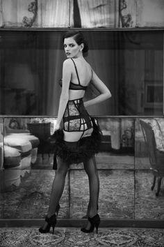 la perla 20s-inspired lingerie sets