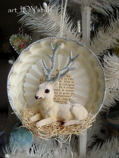 Idea for handmade ornament - I thought it was a tiny ceramic plate when i saw the small pic - inspiration for ideas - Christmas 2012 by ArtJoyStuff, via Flickr #HandmadeOrnament #Christmas #Crafts tå√