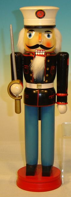 "Nutcracker: Marine Dress Blue (14"")"