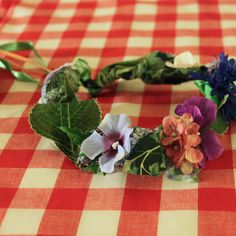 Here are a few of the crafts we made for our Enchanted Forest party.