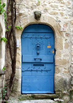 Vaison-la-Romaine ~ Vaucluse ~ France