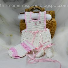 Loom knit Baby Onesie Set PATTERN.  PATTERN ONLY includes patterns for Onesie, Baby Bonnet, and matching Booties.  Instant Download. knit knit, loom knit baby patterns, knit loom