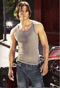Hot Man, Hot Men, Sexy. Boy. Muscle, Muscles, Muscular. Beauty. Beautiful. Jared Padalecki