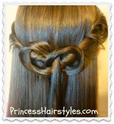 #KateMiddleton Inspired Half Up Hairstyle