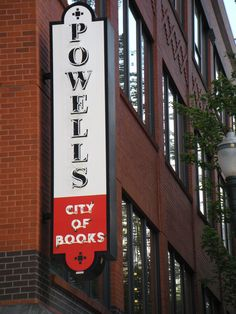 Powell's City of Books |  world's largest independent new and used bookstore | Portland, Oregon.
