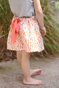 Ribbon instead of elastic... Like the gray and orange too!