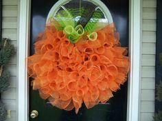 Fleur de lis and Football: DIY pumpkin wreath