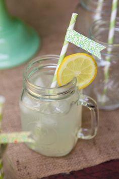 lemonade in jars is so cute