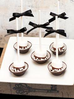 Lollipop Display on Pinterest | Birthday Candy Buffet, Lollipop Party ...