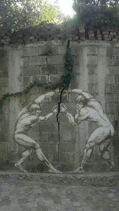 Two men, one wall: this is a symbolic #StreetArt Wall Art, Color Art, Funny Pics, Street Art Utopia, Art Pieces, Garden Fun, Wall Photos, Art Walls, Streetart