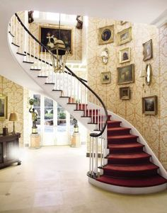 Traditional Staircase by Richard Keith Langham, Inc. and Lewis Graeber III & Associates in Hattiesburg, Mississippi