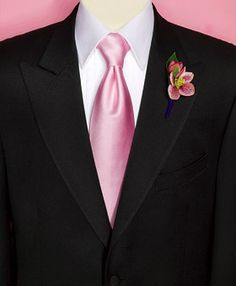 Love a man in pink <3  www.tuxedojunction.com
