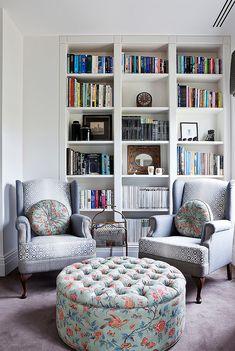 Cozy reading nook. Love.