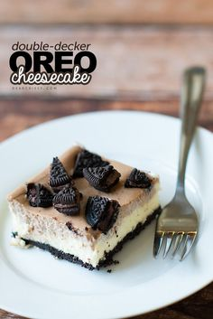 Double-decker OREO cheesecake! This is SO delicious, a must pin!
