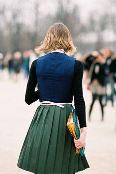 #Pleats  #Fashion #Nice #New #StyleVintage #2dayslook  www.2dayslook.com