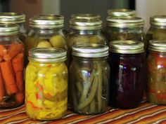 DIY Weddings: Party Favor Projects and Ideas. Pickled Produce >> http://www.diynetwork.com/decorating/diy-weddings-party-favor-projects-and-ideas/pictures/index.html?soc=pinterest