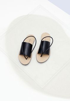 simple sandal | buil