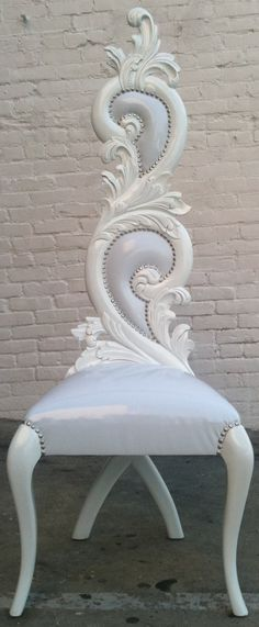 Unicorn Queen's throne! #modernfurniture #furniture #CanadianMortgagesInc #Canada #mortgage #chair