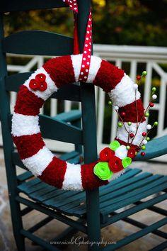 christmas yarn wreath!
