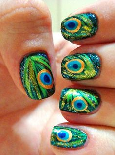 Nail Art Tutorial: Peacock Nails - Click the image for the Tutorial!
