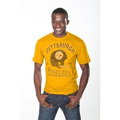 Whenever days without football have you feeling down, throw on this Vintage Crew tee from Junk Food to relive your fondest memories of the Pittsburgh Steelers. Featuring a super-soft blended construction with distressed screenprint helmet graphic, team name and establishment year printed on the front. It's an instant boost of team spirit to keep you just as happy as the day you discovered your love for Pittsburgh Steelers football!
