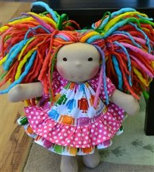 THIS DOLLY IS SO COLORFUL AND HAPPY!  I THINK lIV WOULD JUST <3 THIS!