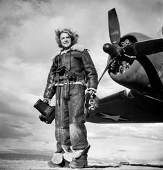 In Honor of Women in Aviation International's conference this week. Margaret Bourke-White in sheepskin flight suit ready for aerial photography during WWII  #HappyInternationalWomensDay
