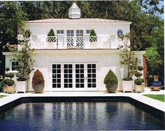 Pool, pool house exterior