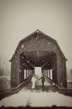 winter wedding photo shoot
