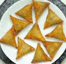 Bajiya recipe http://www.maldivescook.com/snacks/bajiyaa/ Maldivian ...
