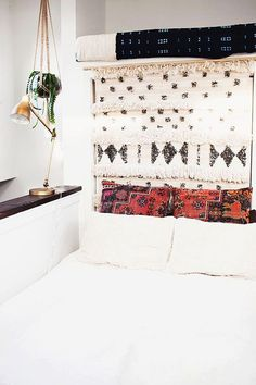 pillow, interior decorating bedrooms, blanket, table lamps, headboard, rug, moroccan wedding, textil, baker