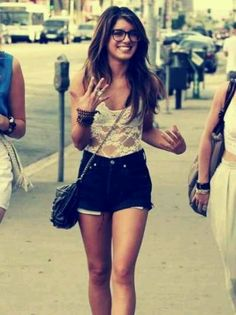 Waist high shorts , outfit idea . short outfit ideas, short outfits, high waisted shorts, glass, waist short, high shorts