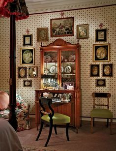 """Mario Buatta--A secretary Buatta placed at one end of the master bedroom offers Altschul """"a place to write letters,"""" he remarks."""