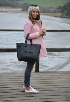 converse outfits, spring coat, winter style, convers sneaker, pink coat