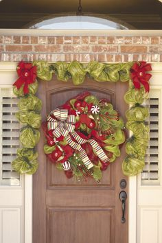Deco Mesh Wreath Instructions | Learn to Make Deco Mesh Wreaths How Christmas Floral Valentine ...