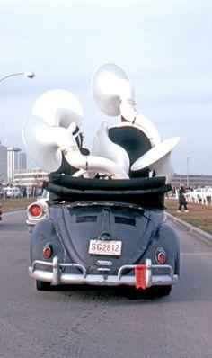VW sousa-bug  *better than a clown car