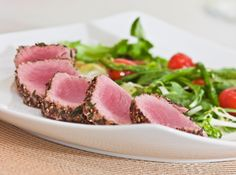 This seared ahi tuna #recipe is rich in protein and just 194 calories! #TeamBeachbody