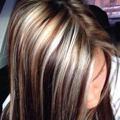 really dark lowlight against blonde & some caramel, nice contrast