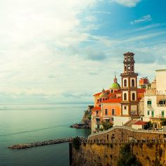 travel photos, travel europe, colorful houses, amalfi coast, dream destinations